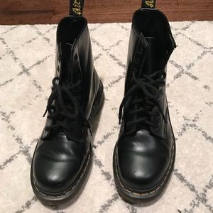 Great condition Dr. Martens